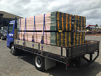 plank hire truck