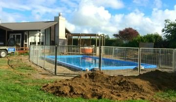 Temp Pool Fencing Home Image.jpg